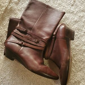 Frye boots 👢